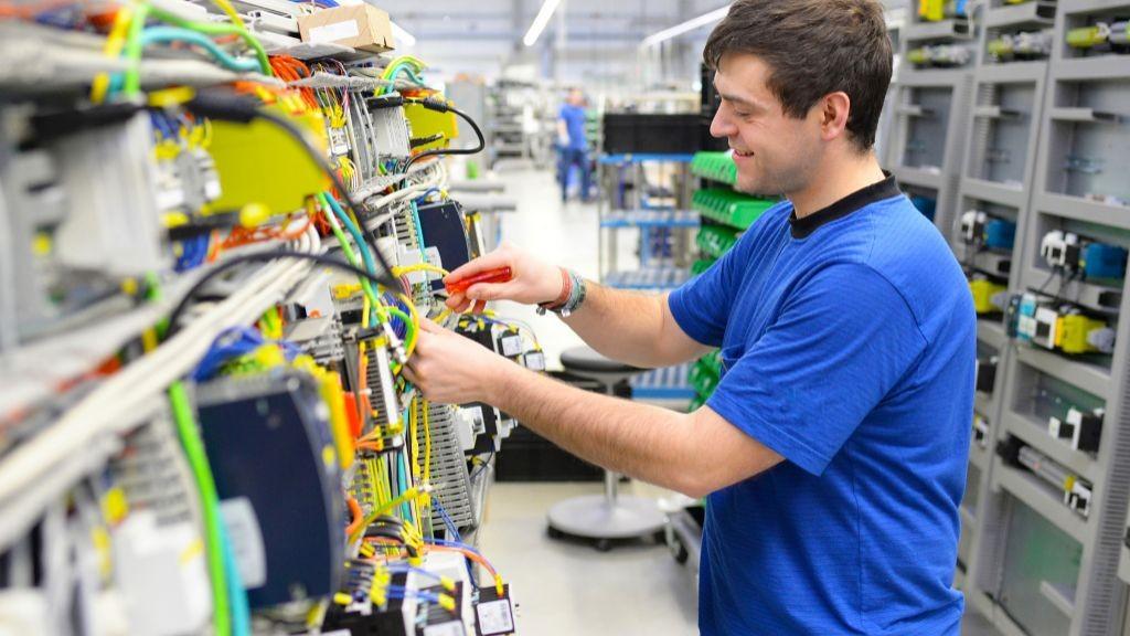 Pole emploi - offre emploi Électromécanicien (H/F) - Le Sourn