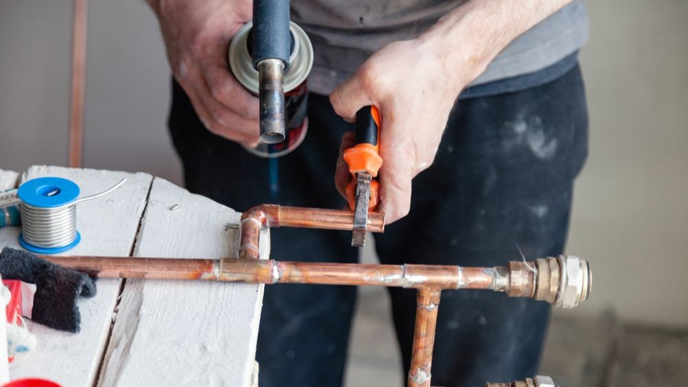 Pole emploi - offre emploi Aide plombier (H/F) - Tonneins