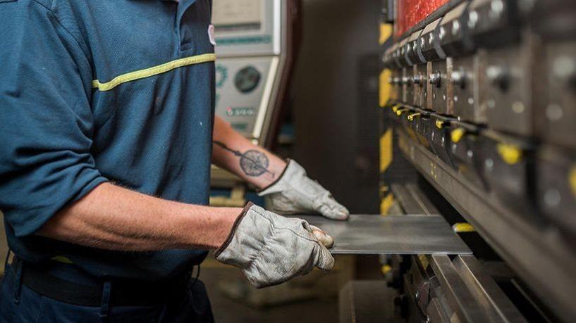 Pole emploi - offre emploi Plieur commande numérique (H/F) - Chanverrie