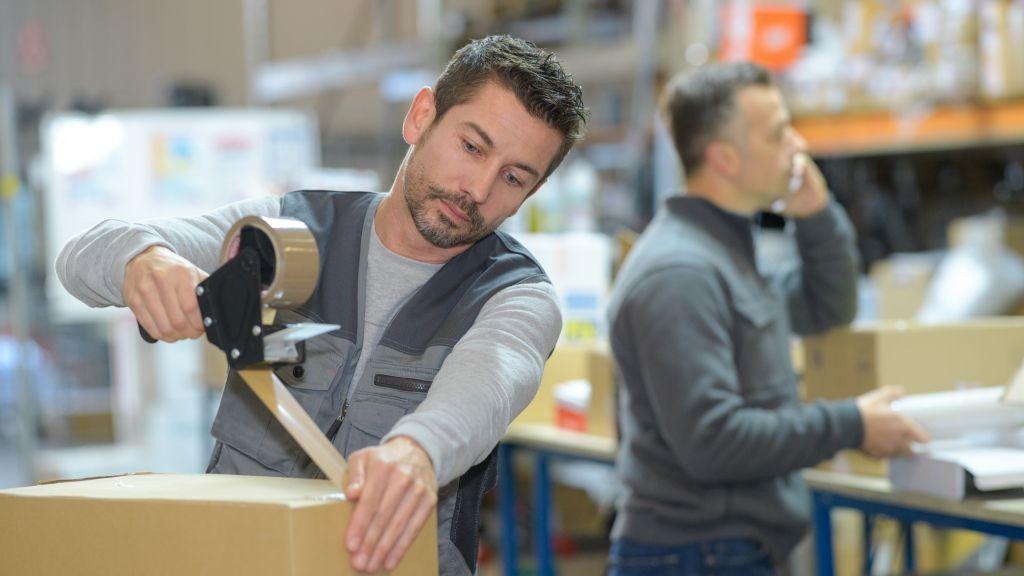 Pole emploi - offre emploi Préparateurs de commandes débutants (H/F) - Grans