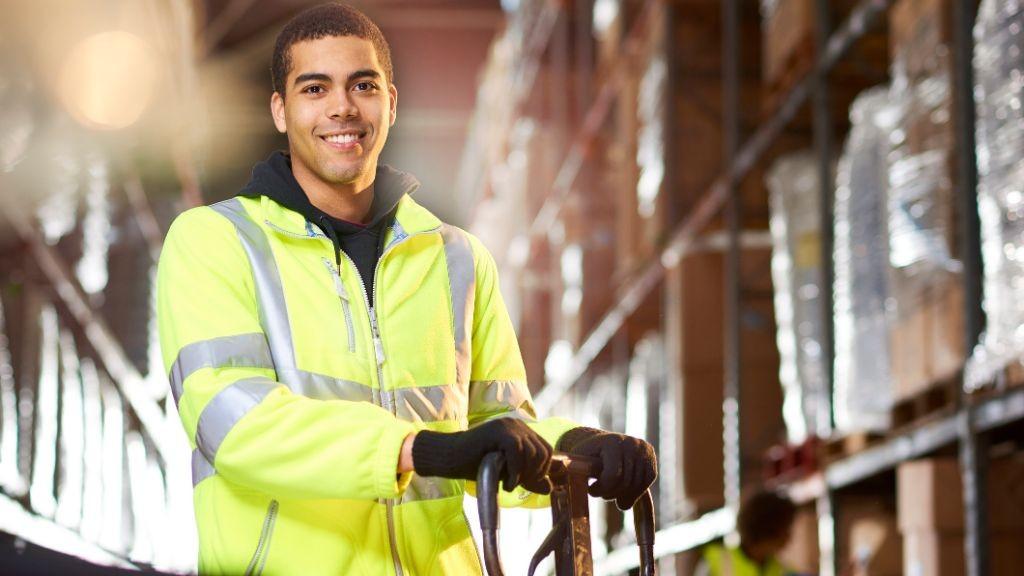 Pole emploi - offre emploi Approvisionneur (H/F) - La Ciotat