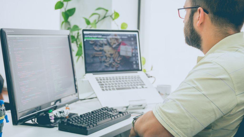 Pole emploi - offre emploi Technicien help desk (H/F) - Guipavas