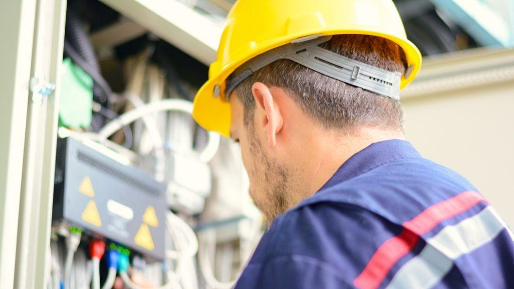 Pole emploi - offre emploi Monteur réseaux électriques (H/F) - Le Rheu