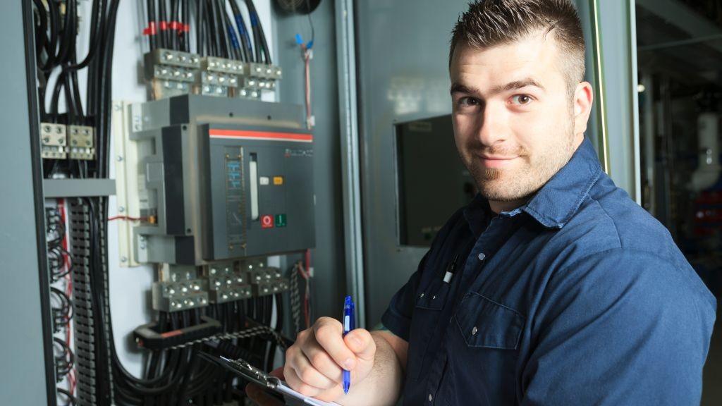 Pole emploi - offre emploi Technicien de maintenance (H/F) - Lampaul-Guimiliau