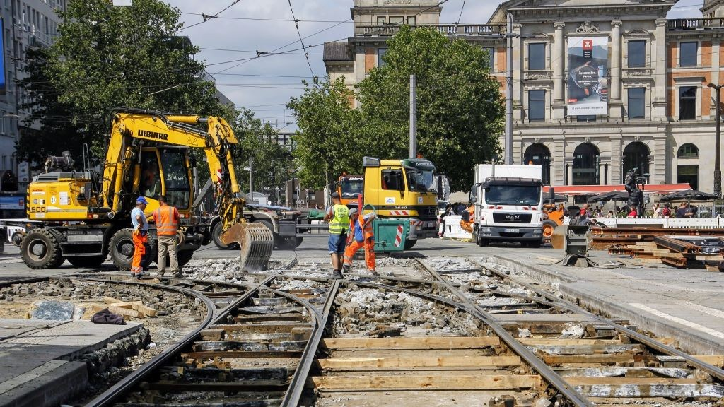 Pole emploi - offre emploi Conducteur de pelle rail route (H/F) - Chelles