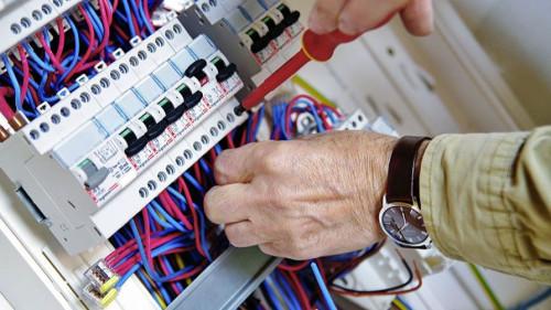 Pole emploi - offre emploi Electricien (H/F) - La Garde