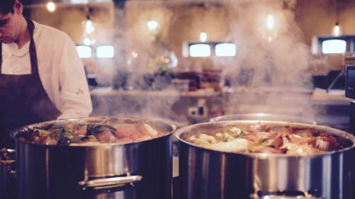 Pole emploi - offre emploi Cuisinier/ aide cuisinier (H/F) - La Croixille
