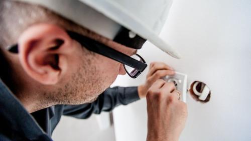 Pole emploi - offre emploi Electricien (H/F) - Concarneau