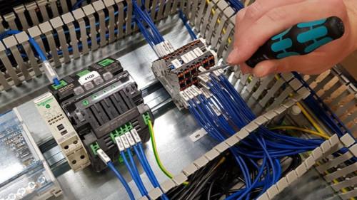 Pole emploi - offre emploi Monteur câbleur intégrateur (H/F) - Mandelieu-la-Napoule