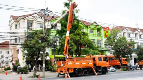 Pole emploi - offre emploi Conducteur de camion tarière (H/F) - Rousset