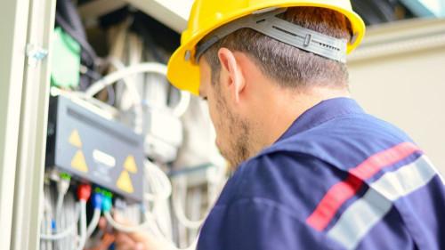 Pole emploi - offre emploi Electricien monteur réseaux (H/F) - Ploudaniel