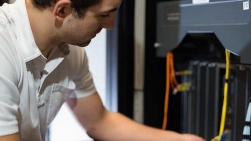 Pole emploi - offre emploi Technicien installation maintenance (H/F) - Ronchin