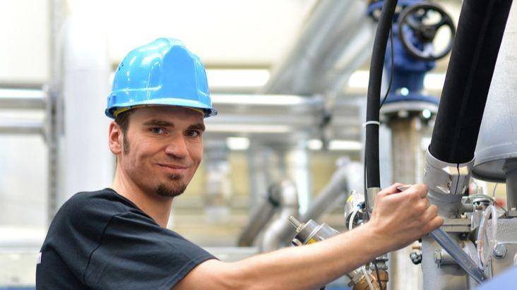 Découvrez le métier d'agent de fabrication (H/F) !