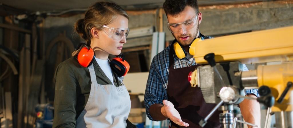 Apprentissage : le nouveau plan gouvernemental pour relancer l'emploi des jeunes