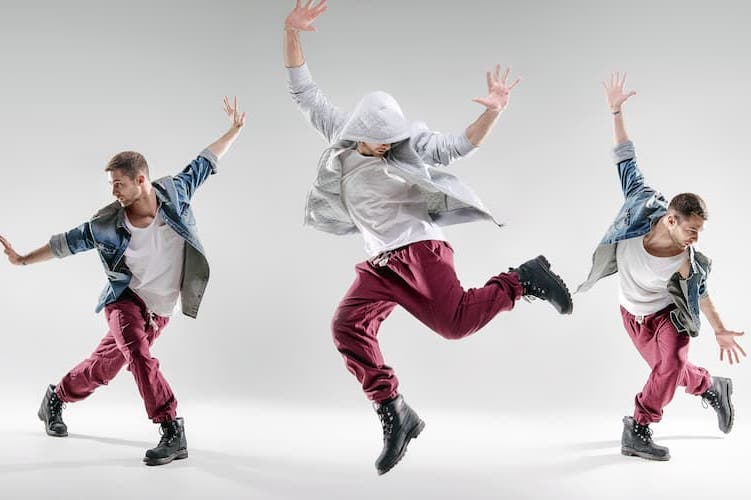 ダンス関係の仕事10選|気になる年収や進路、高校生が今からできる準備
