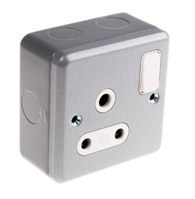 Mk Electric 15a Metal Clad Switched Socket Outlet - G2873