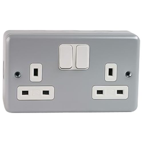 Mk Electric 2 X 13a Metal Clad Switched Socket Outlet - G2946