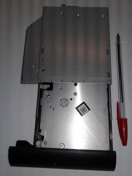 DVD-internal-5.jpg