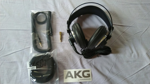 AKG-1.jpg