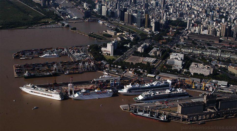 La principal operadora del puerto tiene cinco dársenas.