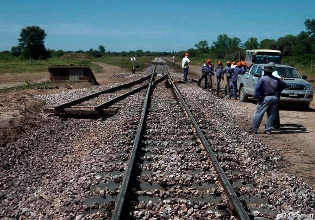 La ex Línea Belgrano Cargas se extiende desde la Ciudad de Buenos Aires hacia el norte del país y une 13 provincias.