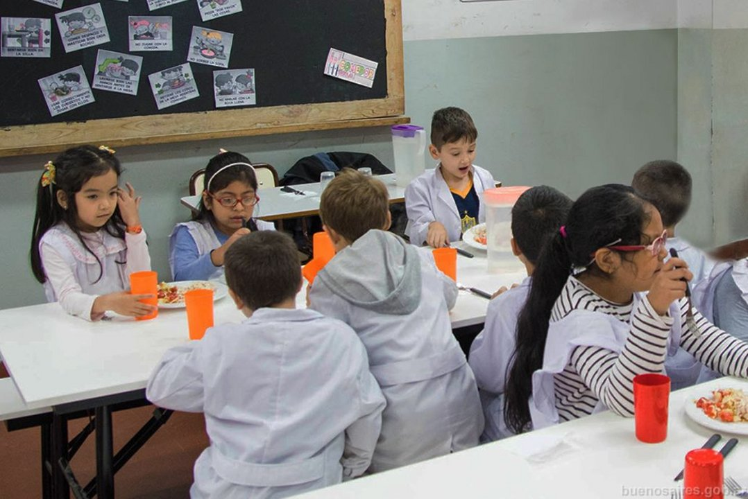 Es difícil que los comedores escolares con cocina propia elaboren alimentos para celíacos.