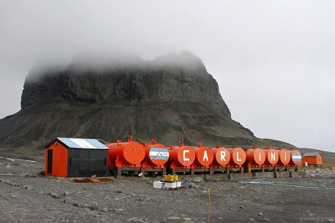 En 2009 la AGN detectó perdidas en los caños de combustibles de la base Carlini