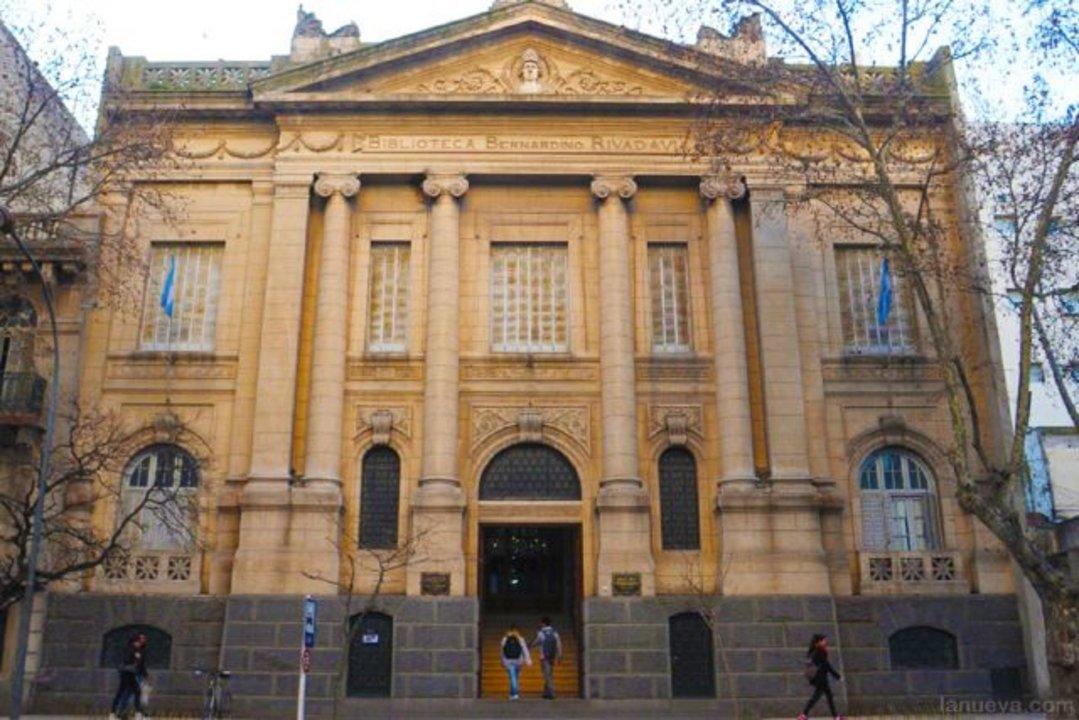 Biblioteca Popular Bernardino Rivadavia de Bahía Blanca fundada en 1882