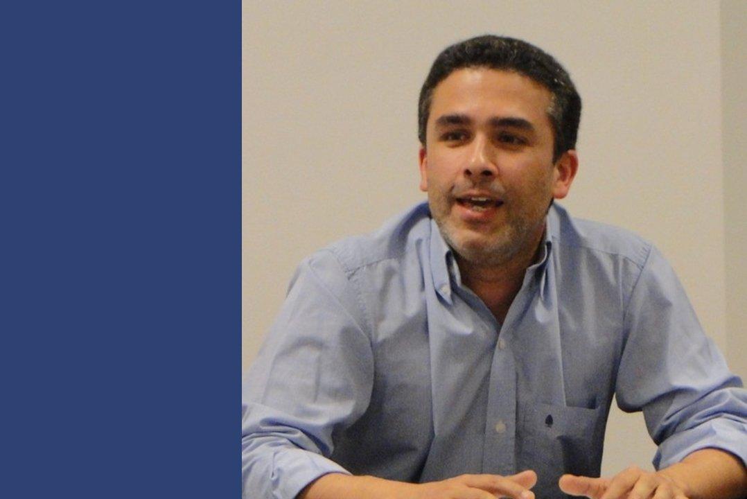 El compilador del libro, Diego Pando