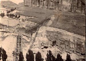 Durante las obras del puente. Foto: Pedro Román (1902)