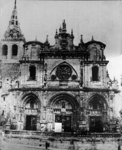 La Catedral de Cuenca era poco conocida antes del hundimiento de la Torre del Giraldo.