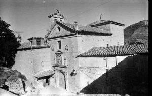El edificio de Carmelitas de Cuenca cuando aún era Convento. Foto: José Luis Pinós 1980.