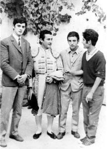 """En la foto, El Curi, que fue muy amigo de Alfieri; Tomás Sánchez Jiménez, Dorito y """"El Tablilla"""", que toreó con nuestro personaje"""