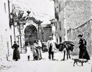 San Gil y calle Caballeros.