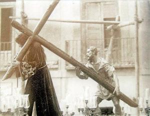 Jesús del Puente salió en procesión contra la gripe.