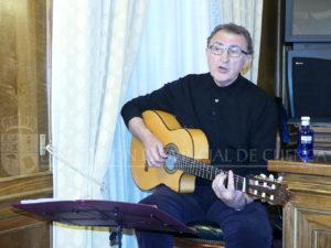 Ángel Corpa cantó una especie de himno o canción dedicada a Cuenca.