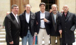 De izquierda a derecha, Julián Cañamares, Avilés, Ángel R. Torres, Mariano Gacimartín y Carlos Lacort. / Foto José Luis Pinós.
