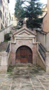 Escalinatas Hospital de Santiago. / facebook Isabel Argudo-