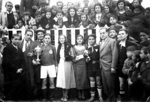 Fnal del Campeonato Local entre el Palillo y La Nube, 1933. / Colec. Jaime Pinar