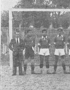 Alfonso Cabañas como entrenador del Terror F.C. / Revista Deportes 1935