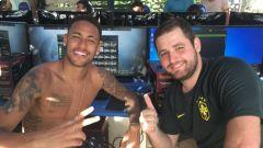 Ronaldinho, Pelé či TOTY Messi. Jak vypadá Neymarův tým ve Fifě?