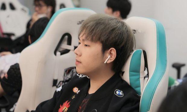 Skandál v čínském League of Legends, přes třicet hráčů vyřazeno kvůli kauze prodávání zápasů