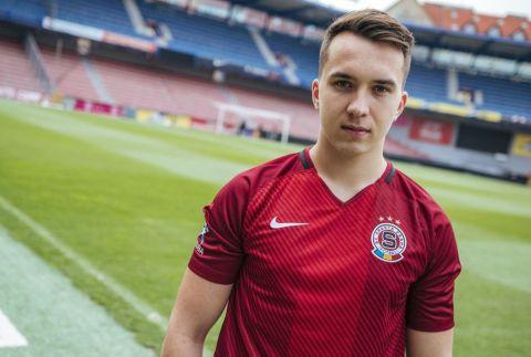 Jan Hradil, alias The Johny, reprezentuje ve Fifě Sparta eSports •Foto: sparta.cz