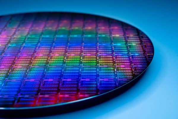 Intel Engineering-the-future-wafer