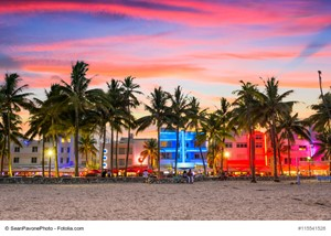 Buy a Luxury House Near One of Florida's Top Beaches