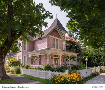 What You Need To Know About Buying A Historic Home