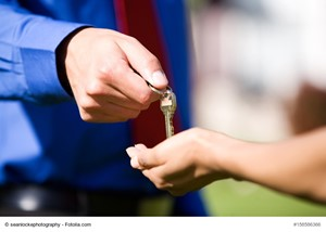 First-Time Homebuyer Tips: Submit a Strong Initial Offer