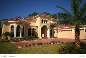 Enhance Your Florida Luxury House's Curb Appeal