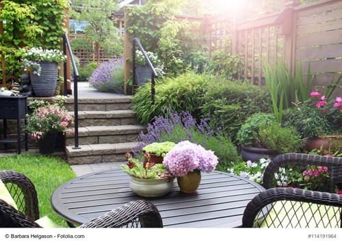 Selling Your Home? Here's How to Make the Most of a Small Backyard