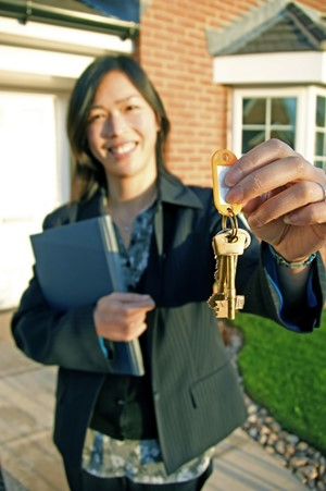 3 Reasons to Buy a Home in Spring